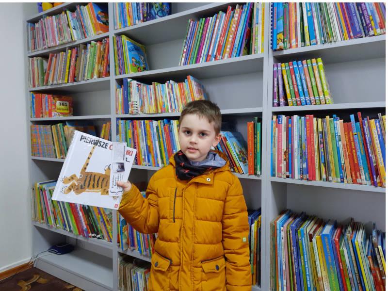 """Nowy czytelnik biorący udział w projekcie ,,Mała książka-wielki człowiek"""""""